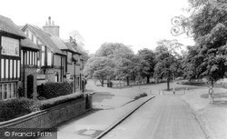 Tettenhall, Black And White Houses And Green c.1960