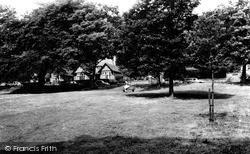 Tettenhall, Lower Green c.1965