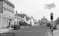 Thame, High Street c.1950