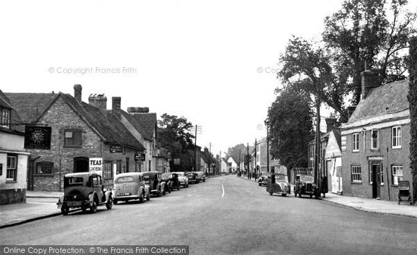 Thame, Lower High Street c1955
