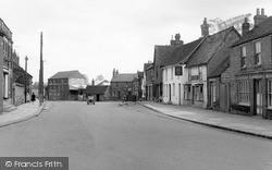 Thame, North Street c.1955