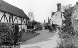 Thame, Old Houses And St Mary's Church c.1950