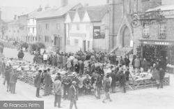 Thame, Sheep Market And Nags Head Inn c.1900