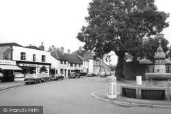Thames Ditton, The Fountain 1968