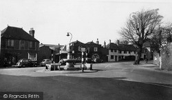 Thames Ditton, The Fountain c.1955