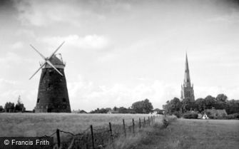 Thaxted, the Windmill and Church c1950