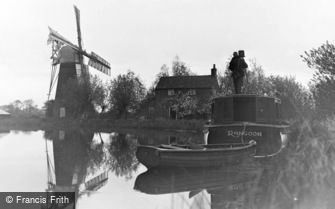 The Broads, a Photographer at Hunsett Mill c1935