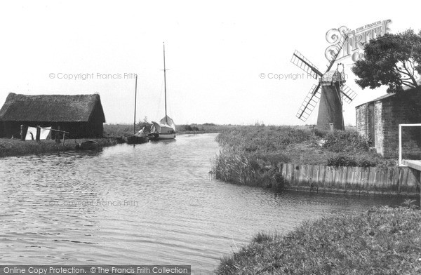 Photo of The Broads, At Somerton c.1950