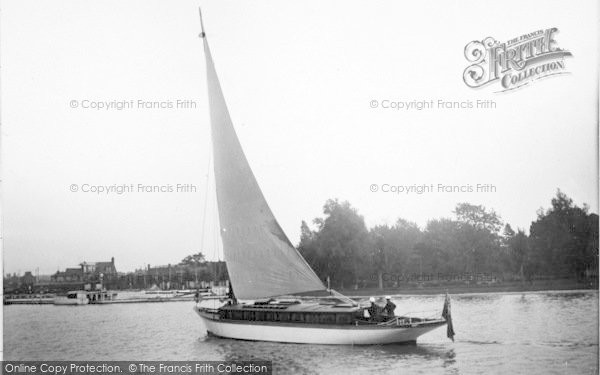 Photo of The Broads, 'happy Days' c.1933