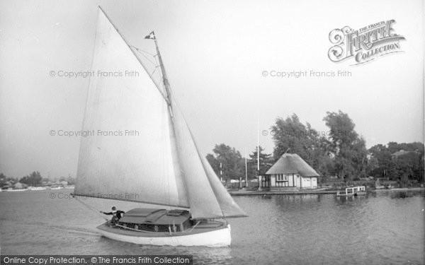 Photo of The Broads, 'happy Days' c.1933