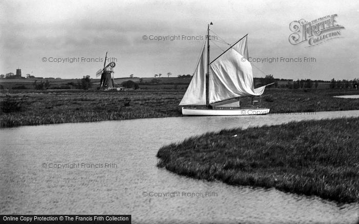 Photo of The Broads, Hickling Broad c.1935