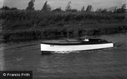 The Broads, Loneday, Johnson's Boats c.1933