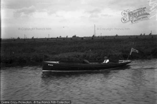 Photo of The Broads, Noah, Johnson's Boat c.1933