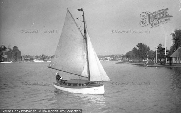 Photo of The Broads, 'pastime' c.1933