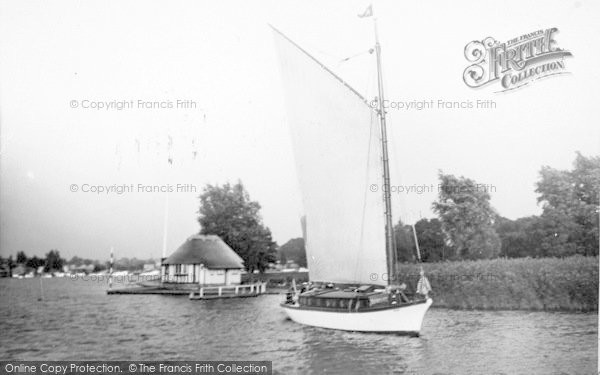 Photo of The Broads, 'rambler' c.1933