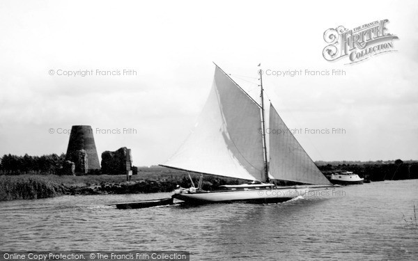 Photo of The Broads, St Benet's Abbey Ruins c.1931