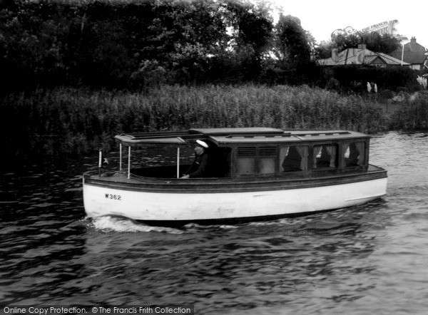 The Broads, The 'gaiety' c.1933