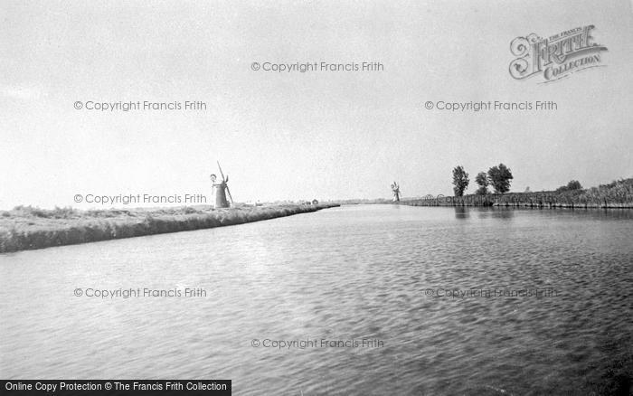 Photo of The Broads, Thurne Mouth c.1933