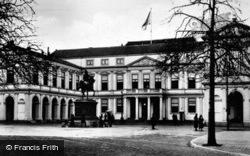 Noordeinde Palace c.1930, The Hague