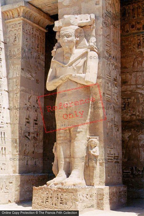 Photo of Thebes, Osiride Statue Rameses III, Medinet Habu 2004
