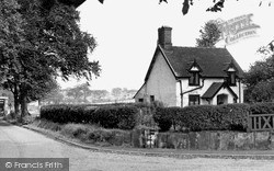 Thelwall, Bell Cottage c.1955