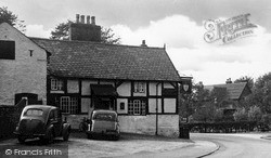 Thelwall, The Pickering Arms c.1955