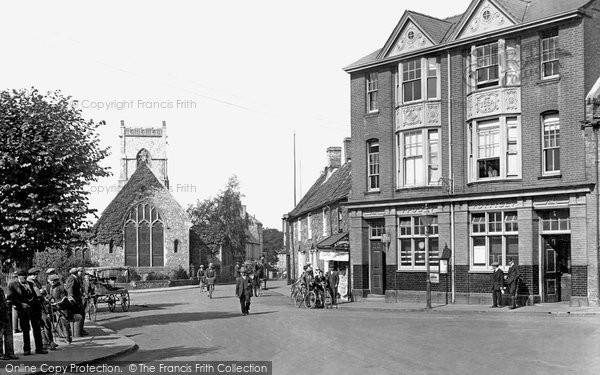 ... the first of 20 old photos of Thetford . View all Thetford photos