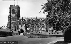Thirsk, St Mary's Church c.1950