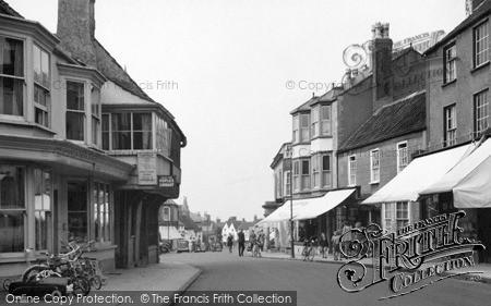 Thornbury, High Street 1954