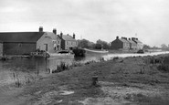 Thorne, the Canal c1955