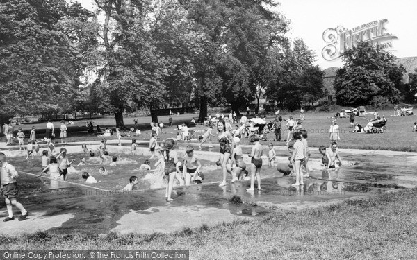 Thorne, the Paddling Pool c1965