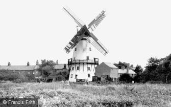 Thornton Cleveleys, Marsh Mill c1955