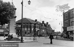 Thornton Heath, High Street And Clock Tower c.1947