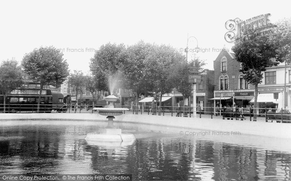 Thornton Heath, the Pond c1947