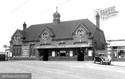 Thornton Heath, The Station c.1947