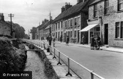 Thornton-Le-Dale, Maltongate c.1950, Thornton Dale