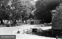 Thornton-Le-Dale, Near The Cross c.1950