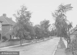 Thrapston, De Vere Road c.1955