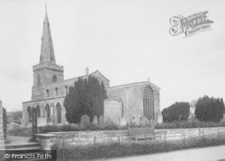 Thrapston, St James' Church c.1955
