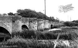 Thrapston, The Nine Arches Bridge c.1955