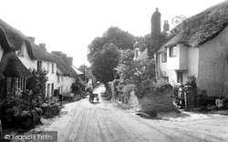 The Village 1918, Thurlestone