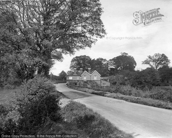 Photo of Thursley, Red Lion Inn, Portsmouth Road 1925