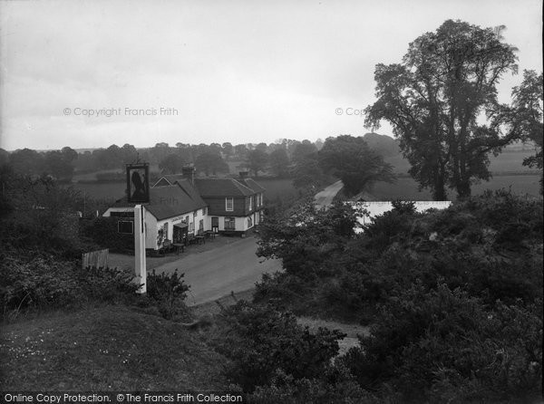 Photo of Thursley, the Red Lion Inn 1925