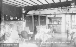 Thurstaston, The Cottage Loaf, Interior c.1960