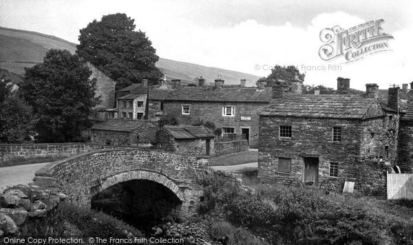 Photo of Thwaite, The Bridge c.1960