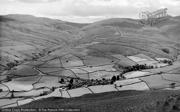 Photo of Thwaite, Village And Buttertubs Pass c.1960