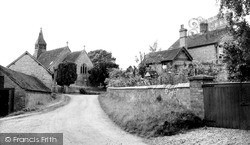 Tibberton, Approach To The Church c.1960