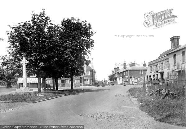 Photo of Ticehurst, The Square 1925
