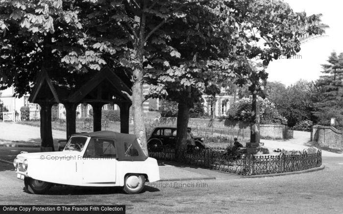 Ticehurst, the Square c1960