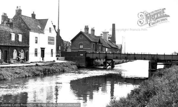 Photo of Tickton, The Bridge c.1955